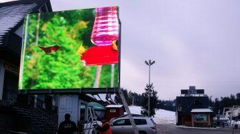 Białka Tatrzańska telebim-telebimy-ekran-led-ekrany-led-reklamy-swietlne-wyswietlacze-led-panele-led-montaz-ekrany-reklamowe-pmb-led-3